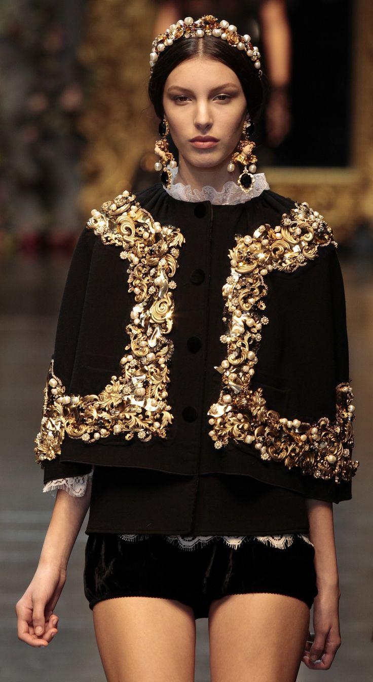 Best 25 Baroque Fashion Ideas On Pinterest Baroque Dress Alexander Mcqueen And Weird Dresses