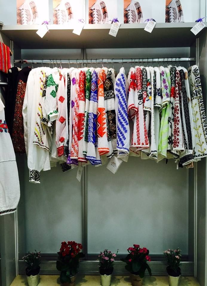Because we love summer , we have prepared some colourful and joyful stories. We also took them with us in London at Pure London!  #florideie #purelondon #fashion #traditional #romaniandesign #unique #colorful #trend #style #summer