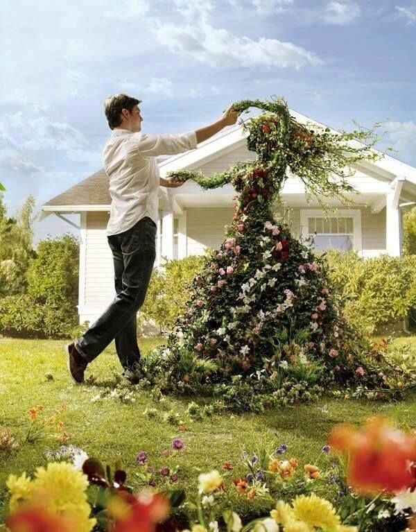 Great floral sculpture / topiary used for a gardening advert in Europe we think. Loved by Jemini Flowers, Oxford - www.jemini.co.uk