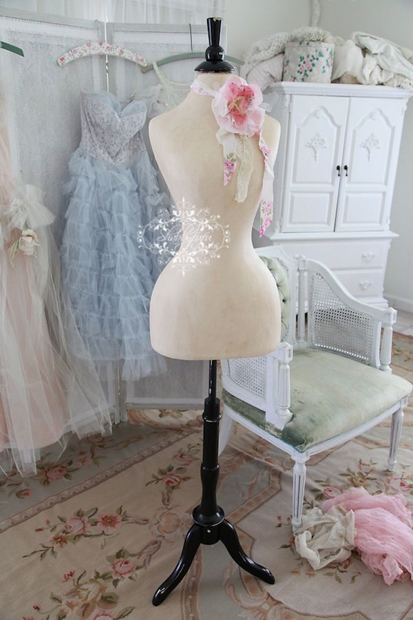 When Shabby Loves Chic Deco Un Interieur Boheme: French Style Wasp Waist Mannequin Love These Mannequins