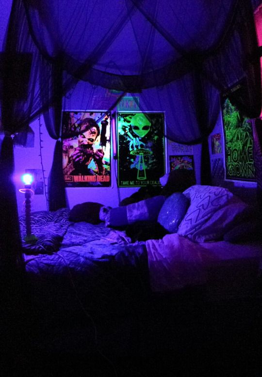 """Welcome to the Stoner Cave"" 