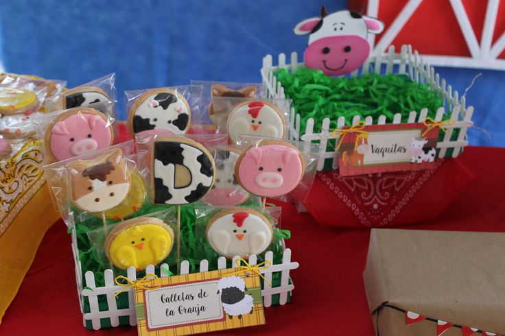 fiesta granja, decoracion fiesta, mesa de dulces, candy bar, barnyard party, farm party, festa junina,