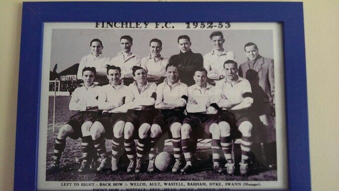 The team of 1952-53 front right is one George Robb, #England and #Spurs legend
