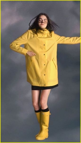 Nice Awesome Ideas Rain Boots Hunter Outfit for Women #RaincoatsForWomenNavy #RaincoatsForWomenShoes