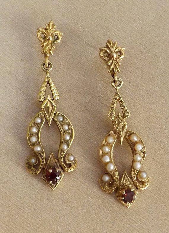 Victorian earrings, seed pearls, garnet, 14k gold