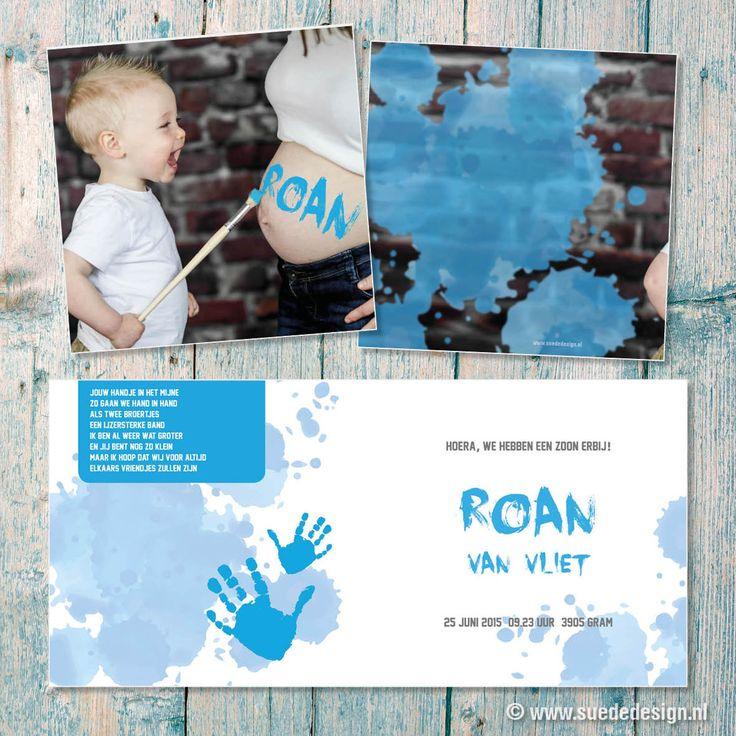 Geboortekaartje Roan - Blauw - verf - foto - grote broer - handjes - kliederen #suededesign