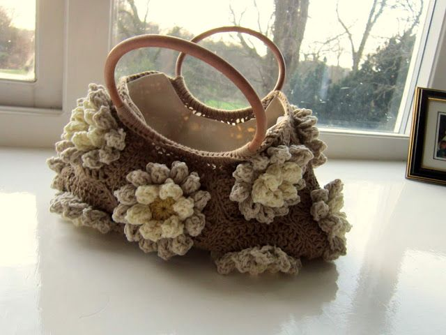 Almond Blossom Bag tutorialAlmond Blossoms, Bags Tutorials, Simple Life, Crochet Bags, Crochet Tutorials, Crochet Pur, Blossoms Bags, Crochet Pattern, Crochet Handbags