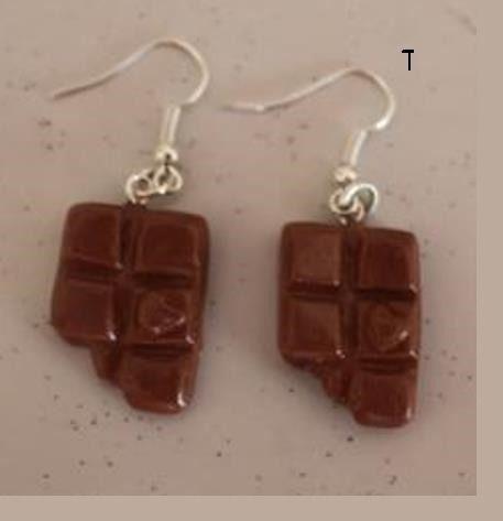 Boucles d'oreille tablettes caramel croquées : Boucles d'oreille par ludifimo