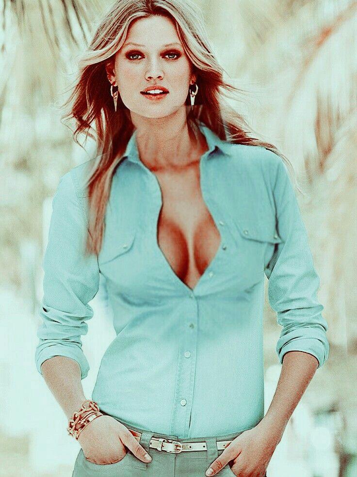 Unbuttoning blouse