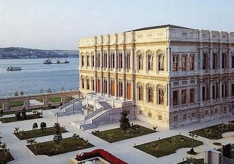 Dolmabahce Palace/ İstanbul