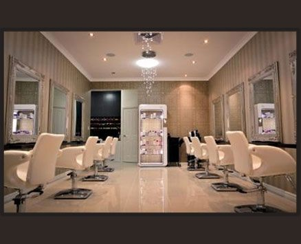 Morph Quarters is setting the standard for hair and beauty right here in Perth, WA. Lets push the boundaries of a conventional salon experience and let the transformation begin!