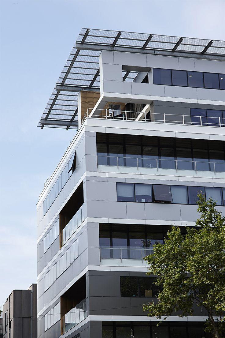 APRILIUM 2 (69). Architecte : Agence AFAA (69), Entreprise : Diagonale (69), Photo : Gilles Aymard. Solutions WICONA utilisées : Façades MECANO Grille Droits Réservés WICONA