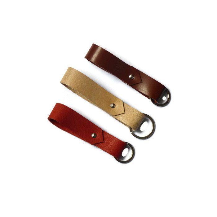 Porte clé boucle de ceinture, accessoire en cuir pour homme, cadeau d'anniversaire pour mon mari, coloris au choix, prêt à envoyer de la boutique JULESetJADE sur Etsy