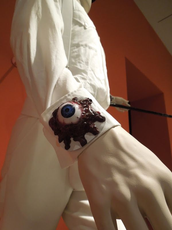 A Clockwork Orange Alex DeLarge eyeball cuff costume detail                                                                                                                                                                                 Más