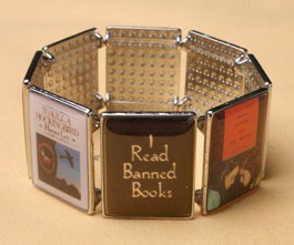I read Banned Books: Worth Reading, Reading Rainbow, Style, Books Worth, Book Week, Read Banned, Banned Books Bracelet, Interesting Books
