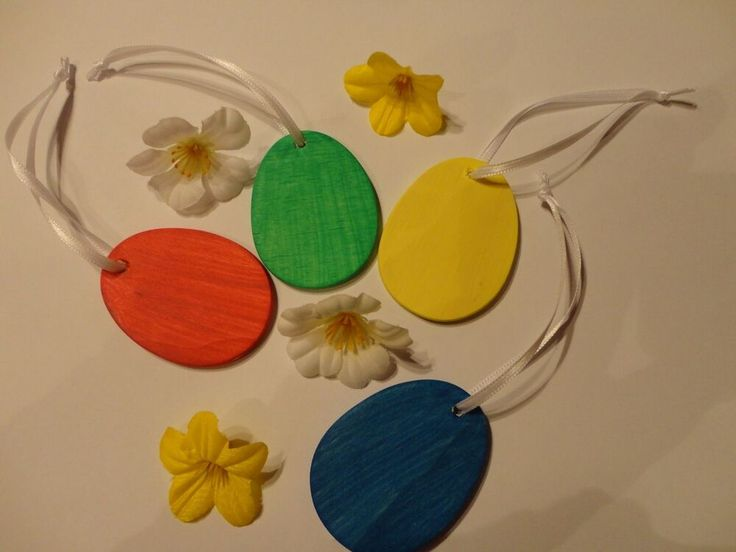 4 Eier Holz Handwerk Hobby Osterschmuck Astbehang gelb rot grün blau°