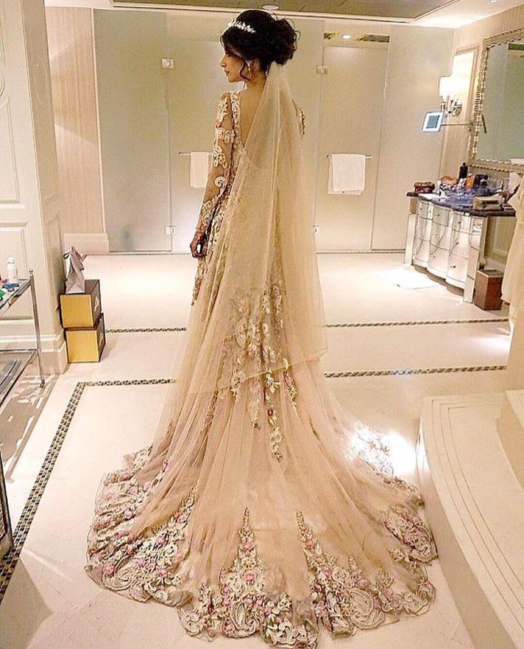 'Final' reception dress