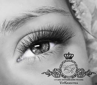 Ну как не влюбиться в эти ресницы #барвиха#нижниересницы#наращиваниенижнихиверхнихресниц#наращивание#наращиваниересниц#наращиваниересницмосква#москва#объем3д#3D#крылатское#маникюрмоскаа#рублевка#дом2#звезды#шелак#luxio#подкутикулу#обучение#красота#красотаглаз#красивыеглаза#красивыересницы#наращивание#наращиваниересниц#dupsmash#юмор#periscope#ресницымосква#студия