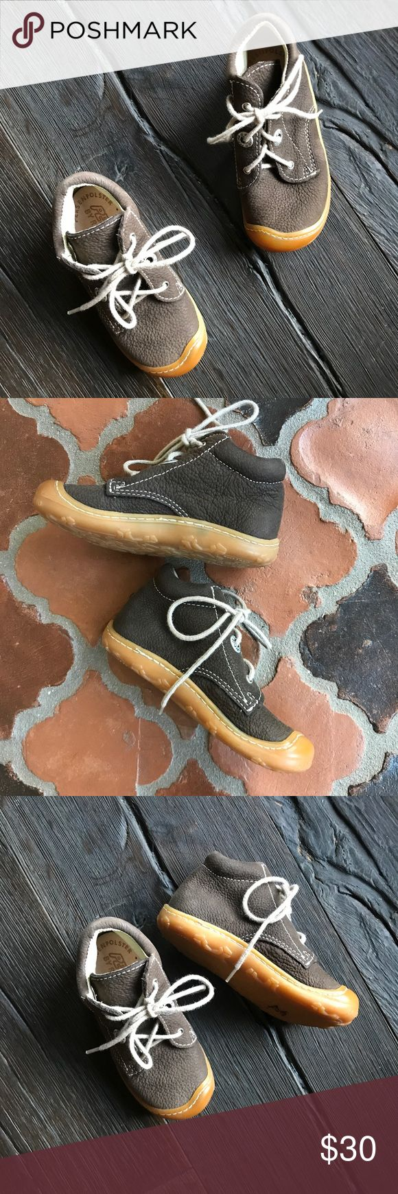 Ricosta Pepino kids boots shoes booties Only worn a few times. These German made shoes are amazing.  Superior quality.  ALL LEATHER INSIDE AND OUT WITH A GRIPPY RUBBER SOLE.  BUNDLE AND SAVE 🤗🤗🤗 shoe shoes size 22 euro which is 5.5 infant US PEPINO BY RICOSTA Shoes Boots