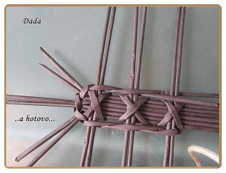 Dáda - tvoření aneb moje papírové řádění..... - Fotoalbum - NÁVODY - Křížkové dno podle Miriam S.