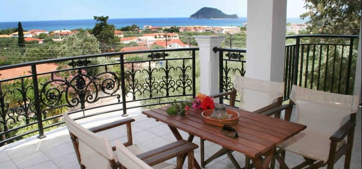 Odysseas Studios | Agios Sostis Odysseas Studios complex is surrounded by a green, beautiful garden with a panoramic view of the Marathonisi island and the biggest part of Laganas Gulf
