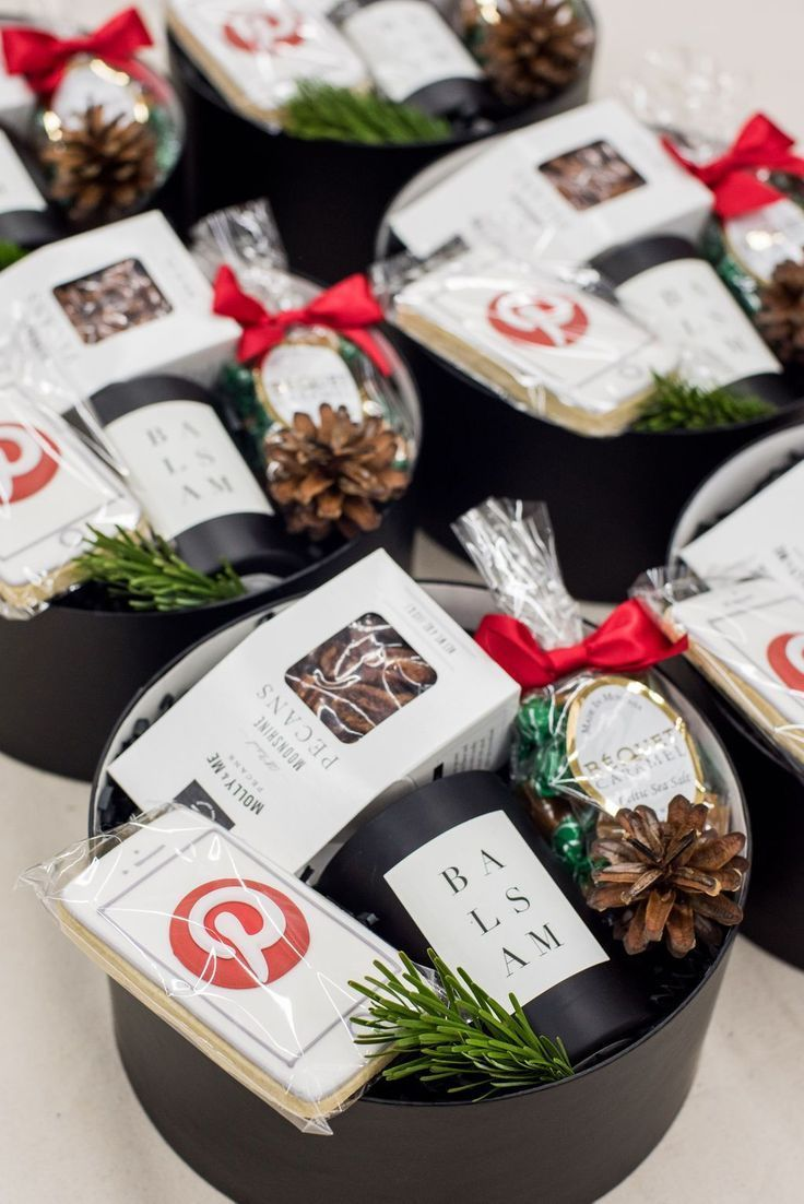 Best Corporate Gifts Ideas Client Gifts Black White And Red Pinterest Holiday Client Gift Hatboxes Custom Giftsdetective Com Home Of Gifts Ideas In Client Holiday Gifts Client Gifts