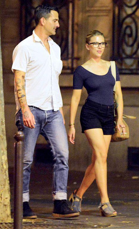 Scarlett Johansson and boyfriend Nate Naylor on August 19, 2012 in Paris, France.