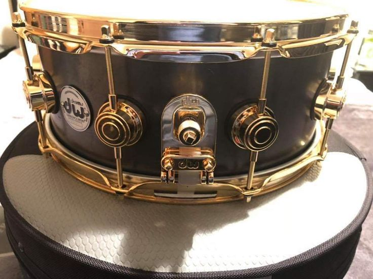 Pin di Terry Nugent su DW Drums