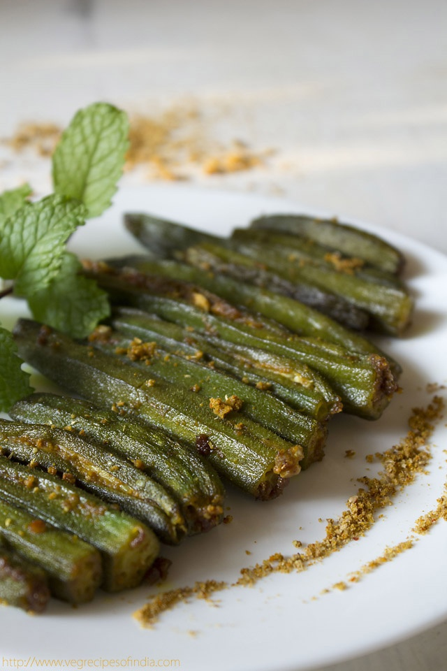 :-D bharwan bhindi: bharwan bhindi recipe, stuffed okra. I am a true southerner and love stewed okra tomatoes! My husband Does NOT. This was a tasty, non-slimy recipe that was delicious as a side with chicken tikka masala!