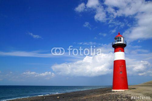 Grote rode vuurtoren aan zee Westkapelle Fotobehang via fotomuur.nl