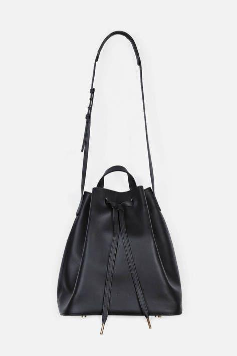 PB 0110 — Ab 16 Shoulder Bag   Black — THE LINE