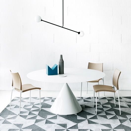 Clay table by #Desalto design | Good Design Award 2015 | available on http://www.malfattistore.it/product/clay/ | #malfattistore #design #interiordesign #modernfurniture #table