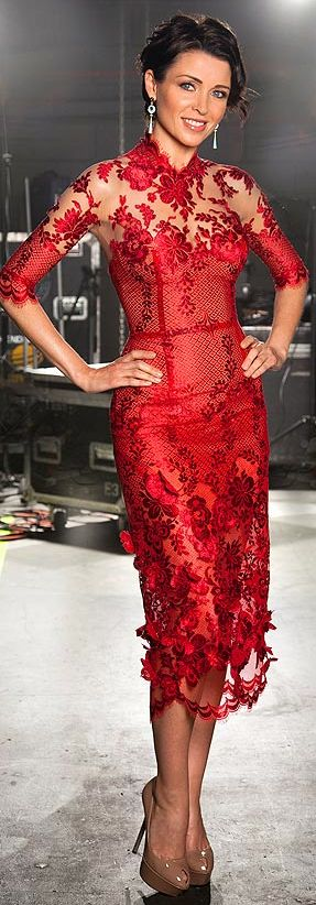 Danni Minogue is the latest celebrity to tap into the current mini-trend for lace red dresses with this lovely J'Aton Couture