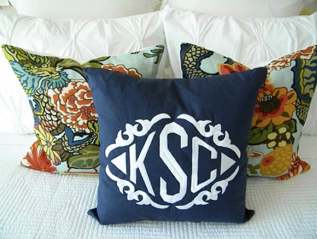 we love how kelly styled her navy linen monogrammed throw pillow with crisp white bedding and