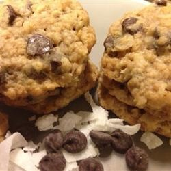 Oatmeal-Chocolate-Coconut Chewy | Sweet Thangs | Pinterest | Oatmeal ...