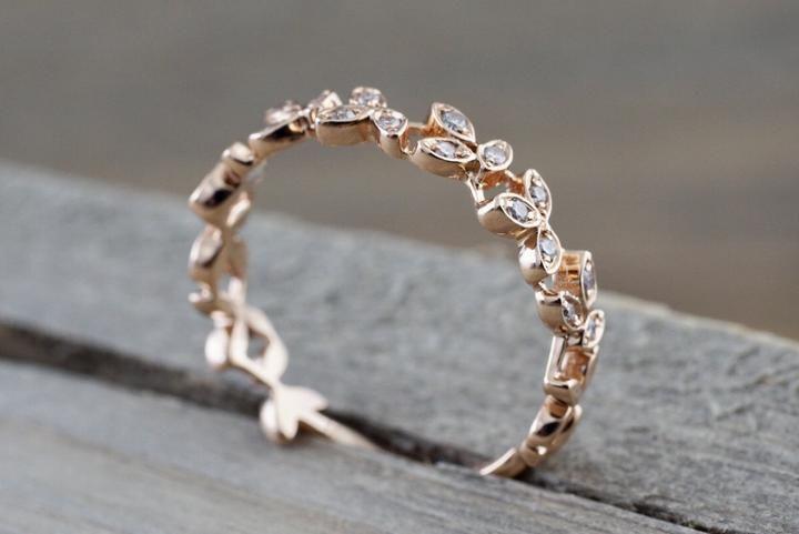 14 kt Rose Gold Diamond Leaf Petal Vine Vintage De…