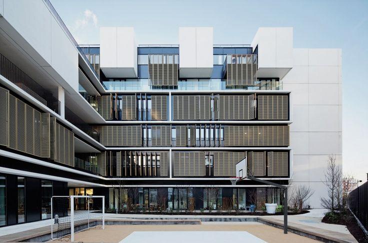 Welfare Centre for Children and Teenagers in Paris / Marjan Hessamfar & Joe Verons architectes associes