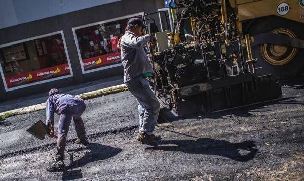 Plan Integral de Bacheo: comenzó la repavimentación de la calle Becerra