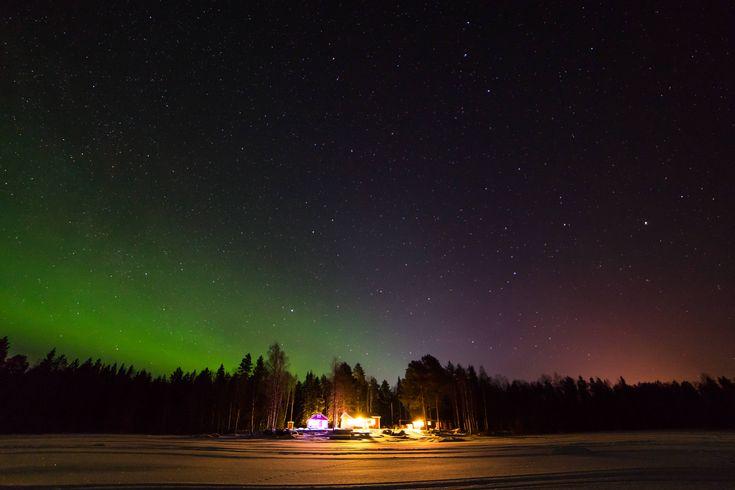 Northen lights by the cottage in northen Sweden! [OC] [5770 x 3847] #reddit