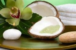 4 Fabulous Coconut Oil Face Mask Recipes For Glowing Skin (Dry Skin Mask, Acne T…