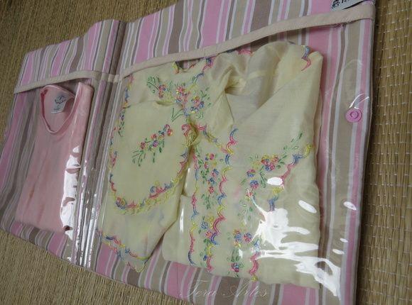 Prático e muito útil.  Bolsa com plástico transparente para organizar a troca de roupa do bebê na maternidade. R$ 45,00