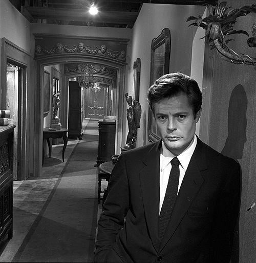 Marcello Mastroianni 8½ di Federico Fellini (1963)