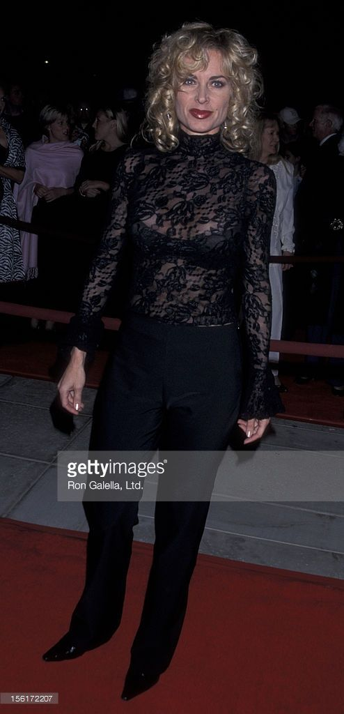 Actress Eileen Davidson attends the opening of Palm Springs Film Festival on January 13, 2001 at the Nortel International Convention Center in Palm Springs, California.