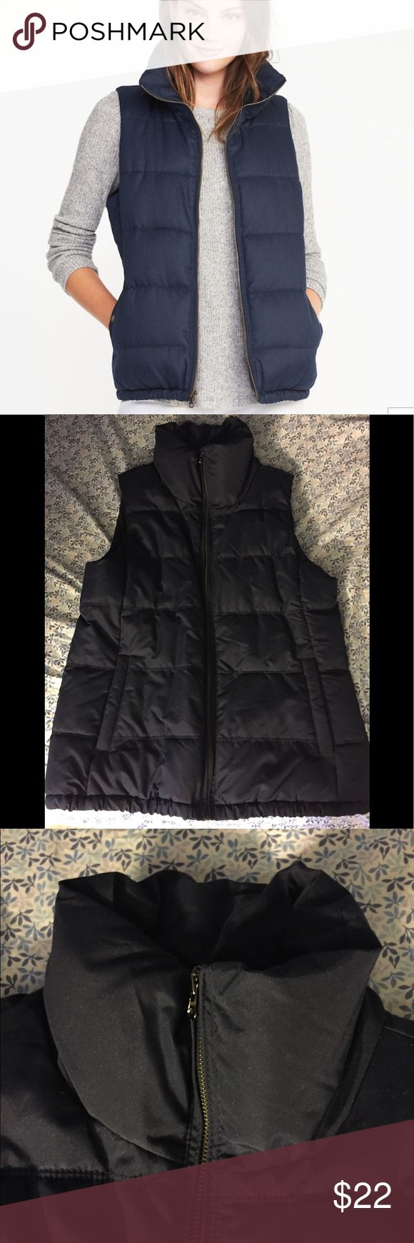 Old Navy Puffer Vest NWOT. Classic puffer best from ON. Great condition. Perfect for fall! Old Navy Jackets & Coats Vests