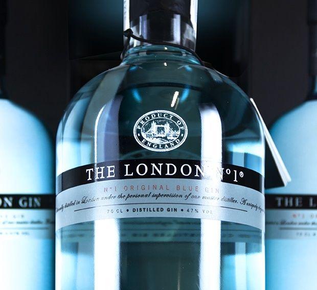 The London N°1 (Gonzalez Byass) - by CBa Graell Spain #branding #design #packaging #gin #spirit #alcohol #blue