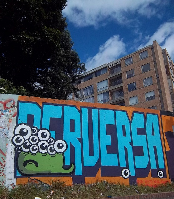 Perversa // Bogota  graffiti