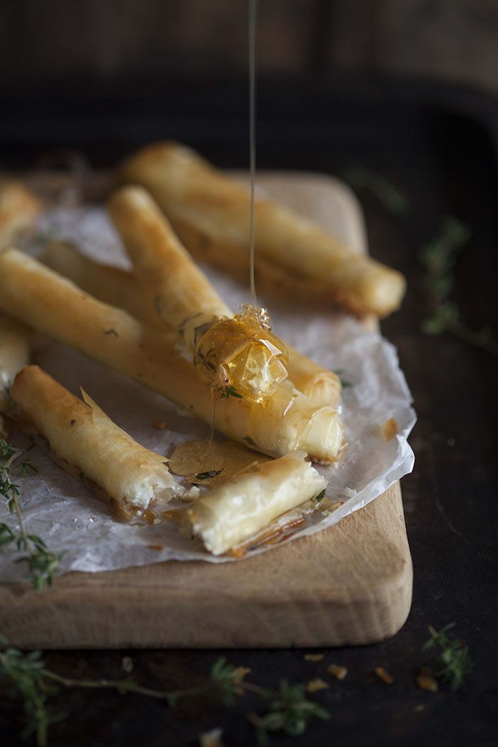 baked goats cheese cigars with honey and thyme