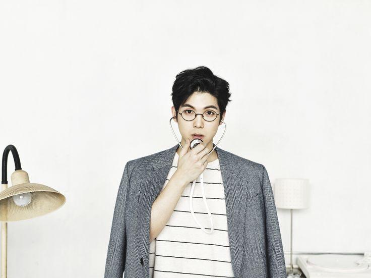 '착해 빠졌어' 매드 클라운, 미소년 컴백 티저 이미지 공개 http://kpopenews.com/4403   고화질 보도 사진과 객관적인 기사를 전달하는 K-POP 전문 미디어  #매드클라운