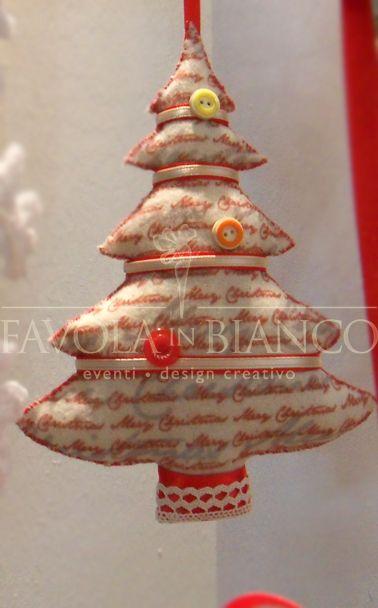 Christmas gifts - albero di feltro da appendere fatto a mano