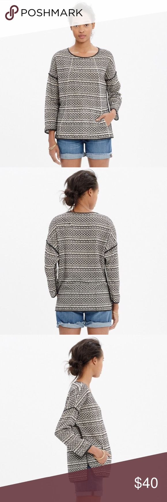 Madewell Tidalwave Pullover Perfect condition Madewell pullover. Perfect lightweight top for summer nights. Kangaroo pouch in the front. Madewell Tops